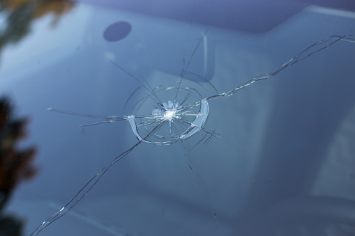 Is A Cracked Windshield Dangerous to the Driver and Passengers?